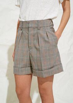 642fa2995b 14 imágenes estupendas de pantalon corto de mujer en 2019