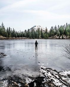 Mirror lake.  who do you see in your reflection || #mthood #exploreoregon #oregonexplored #getoutstayout by mikaikarl