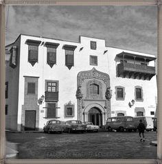 Gran Canaria - Casa de Colón año 1960..... #canariasantigua #blancoynegro #fotosdelpasado #fotosdelrecuerdo #recuerdosdelpasado #fotosdecanariasantigua #islascanarias #tenerifesenderos