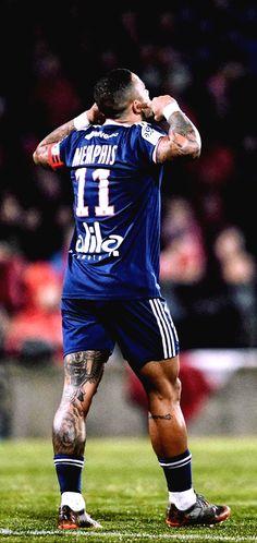Best Football Players, World Football, Football Soccer, Depay Memphis, Barcelona Football, Iceland Waterfalls, James Rodriguez, Soccer Stars, Football Wallpaper
