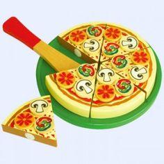 HoutenPizza + groente (snijfiguur) is een mooie houten pizza die extra dik belegd is.