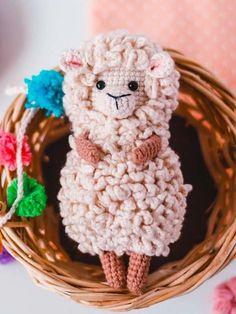 Little Crochet Sheep Ita Amigurumi PDF Free Pattern - Lovelycraft