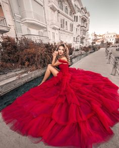 Fashion, Beauty and Lifestyle Magazine. Your destination for the latest trends and updates in the fashion & beauty world & latest tips for healthy living. Dress Dior, Prom Dresses, Formal Dresses, Wedding Dresses, Kristina Krayt, Online Fashion Magazines, Beautiful Red Dresses, Gowns Of Elegance, The Dress