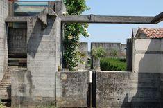 Tomba Brion Cemetery. San Vito d'Altivole, Italy. 1969-78. Carlo Scarpa. photo by James Butler