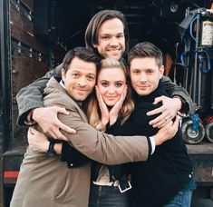 From Misha's Twitter:  You can't tell, but we're actually crushing @KathrynLNewton with our manly embrace here...