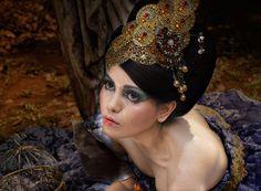 sanggul jawa kontemporer. photo by deddy heruwanto