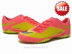 Chaussures de foot nike Hypervenom Phelon TF Rose Jaune Hypervenom Phantom Fg Air Max Sneakers, Sneakers Nike, Yellow Black, Nike Air Max, Running Shoes, Rose, Phantom, Football, Style