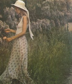vogue paris 1973 unknown model by david hamilton Moda Fashion, 70s Fashion, Vintage Fashion, Hipster Fashion, Victorian Fashion, Hippie Man, Mode Boho, Vintage Love, Vintage Photos
