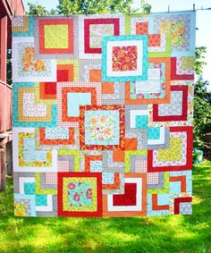 Simply Style Stacked Squares Quilt done Bobbins and Bits Style | Hamels Thread