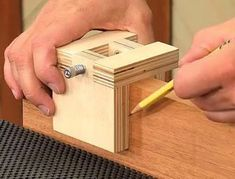 Make your own 3 Sided Saddle Square. (Click on image to watch video) #WoodworkingTools