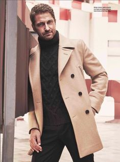 Photos from the Esquire/MX December 2015 issue! Gerard Butler