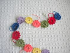 "Harujion Design: Crochet Tutorial / ""Ready for Spring"" Garland"