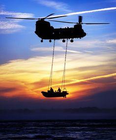 CH-47 Chinook: Operators Operating Operationally