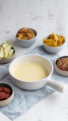#fonduedips #kaasfondue #kaas #kaasinspiratie #kaasrecept #simpelensnel #kaas.nl #cheese #cheeseinspiration #cheeserecipe Cheese Recipes, Fondue, Dips, Pudding, Desserts, Tailgate Desserts, Sauces, Dipping Sauces, Dessert