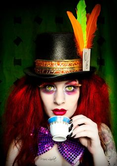 Find images and videos about halloween makeup, costume makeup and mad hatter makeup on We Heart It - the app to get lost in what you love. Mad Hatter Makeup, Mad Hatter Tea, Mad Hatters, Halloween Cosplay, Halloween Make Up, Red Hair Halloween Costumes, Red Hair Costume, Cool Halloween Makeup, Halloween 2015