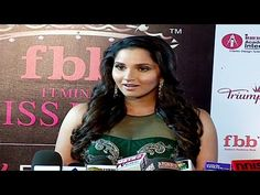 Sania Mirza SIZZLING at the red carpet of the Femina Miss India 2016.