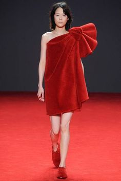 Viktor & Rolf | Fall 2014 Couture Collection | Style.com