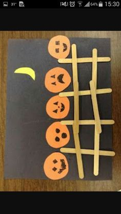 Five Little pumpkins sitting on the gate Halloween Arts And Crafts, Halloween Crafts For Toddlers, Theme Halloween, Halloween Crafts For Kids, Halloween Projects, Toddler Crafts, Diy Halloween, Crafts Toddlers, Halloween Crafts Kindergarten