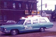 Seven Oaks Winnipeg Ambulance 65 Pontiac