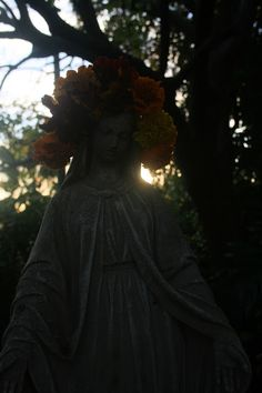 The Temple of Mary: The Light Shall Return Temple, Mary, Victorian, Statue, Lighting, Garden, Garten, Temples, Lawn And Garden