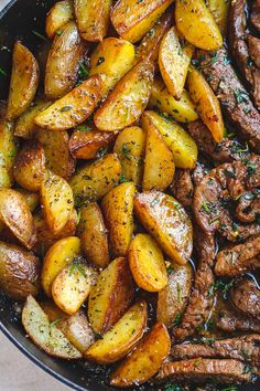 """""""health"""" click and search Garlic Butter Steak and Potatoes Skillet - This easy one-pan recipe is SO simple and SO flavorful. The best steak and potatoes you'll ever have! Seared Salmon Recipes, Grilled Steak Recipes, Beef Recipes, Chicken Recipes, Cooking Recipes, Healthy Recipes, Pan Fried Flank Steak Recipe, Healthy Chicken, Healthy Treats"""