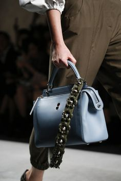 Fendi Spring 2016 Ready-to-Wear Collection - Vogue