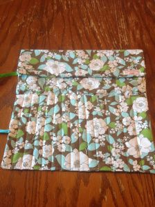 Sew a Knitting Needle Case: McCalls 4728