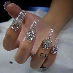 Custom nails design Crystal and charms @daily_charme