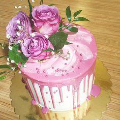 Dripcake;flowercake;pink