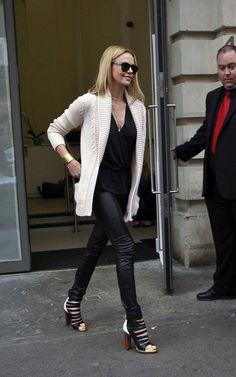 theron. easy leather leggings