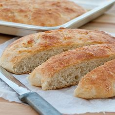 I was in the mood the other day for homemade bread. I know, I must be crazy. I just talked about not using my oven to heat up my house during this hot July month. Easy Bread Recipes, Real Food Recipes, Cooking Recipes, Whole30, Risotto, Peasant Bread, Good Food, Yummy Food, Savoury Baking