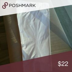 J.Crew favorite fit crop chino White white full straight leg crop hits mid shin at 19 inch inseam. Like new J. Crew Pants Ankle & Cropped