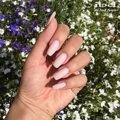 Feeling soft and dainty in 'Cashmere Blush' this #ManiMonday (ibd French Xtreme Gels used to build nails)