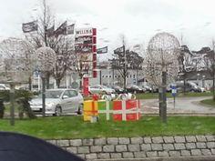 Mit hundeliv med Vaks.: Selv Julemanden var udmattet.... / Even Santa was ... Read more at: http://laikashundeliv.blogspot.com