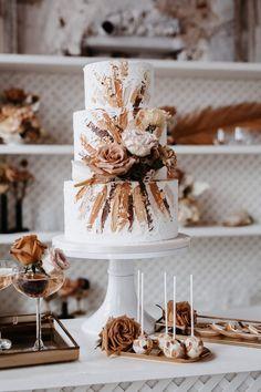 Wedding Desserts, Wedding Cakes, New Cake Design, Wedding Centerpieces, Wedding Decorations, Mom Cake, Cake Pops, Cake Photography, Wedding Cake Inspiration