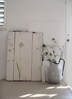 diy art - rough wood with simple drawing. simple and chic Diy Interior, Interior Styling, Modern Interior, Interior Decorating, Interior Design, Diy Wall Art, Diy Art, Rough Wood, Ideias Diy