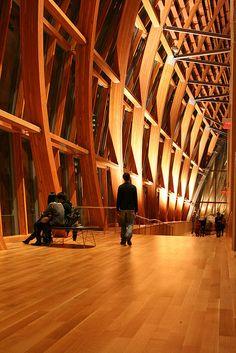 Gallery Italia - Art Gallery of Ontario - Frank Gehry Timber Architecture, Timber Buildings, Beautiful Architecture, Contemporary Architecture, Architecture Details, Frank Gehry, Santiago Calatrava, Zaha Hadid, Art Gallery Of Ontario
