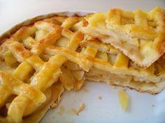 Café com bolo de fubá: Torta de maçã - receita antiga