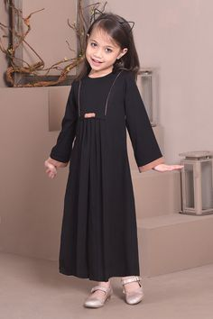 Frocks For Girls, Dresses Kids Girl, Little Girl Outfits, Kids Outfits Girls, Baby Girl Dress Design, Girls Frock Design, Toddler Dress, Baby Dress, Kids Abaya