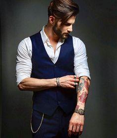 Mens Fashion Hipster – The World of Mens Fashion Mode Hipster, Estilo Hipster, Hipster Outfits Men, Hipster Fashion, Hipster Suit, Style Fashion, Best Poses For Men, Blue Suit Men, Designer Suits For Men