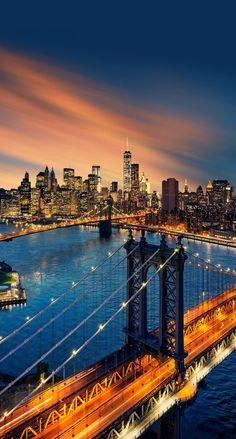 New York City - Saiba mais sobre #NovaIorque nos #EUA antes de fazer a sua #viagem em http://mundodeviagens.com/nova-iorque/