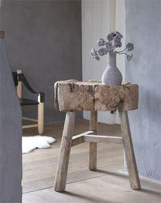 ♂ Organic wood stool
