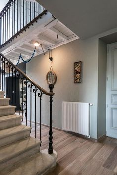 A nineteenth century residence - Wood Decora la Maison Stair Railing, Stairs, Architecture Details, Home Projects, House Tours, Sweet Home, Scale, Home Decor, Burberry