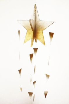 Golden shooting star Christmas decoration, ombre/ fading colors gold and white. LIMITED EDITION