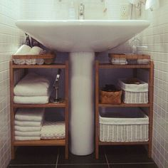 47 Charming Diy Bathroom Storage Ideas For Small Spaces - Everyone wants to have . - My Charming Diy Bathroom Storage Ideas For Small Spaces Everyone wants to have 47 Charming Diy Bathroom Storage Bathroom Storage Solutions, Small Bathroom Storage, Kitchen Storage, Dyi Bathroom, Small Storage, Remodel Bathroom, Bathroom Makeovers, Bathroom Cabinets, Bathroom Shelves