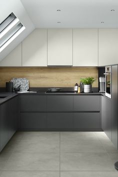 German kitchens have been one of the leaders on the European market for many years. Modern German kitchens are designed with precision and strength that lasts several years. Each German style kitchen…More Kitchen Room Design, Modern Kitchen Design, Kitchen Interior, Kitchen Furniture, Kitchen Vinyl, Farmhouse Kitchen Cabinets, Kitchen Unit, Kitchen Cabinets No Handles, Ikea Kitchen