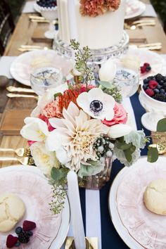 nice photography - tablescape