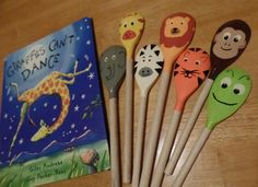 These would be great for re-telling and/or puppetry. Literacy Bags, Preschool Literacy, Preschool Books, Early Literacy, Literacy Activities, Activities For Kids, Giraffes Cant Dance, Story Sack, Book Baskets