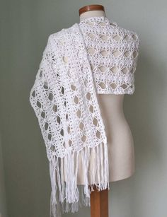 White lace crochet shawl stole cotton linen F585