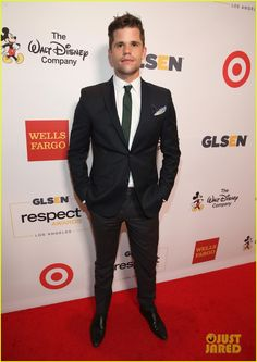 Charlie Carver at GLSEN Respect Awards 2016 Teen Wolf Twins, Max And Charlie Carver, Hot Men, Hot Guys, Carver Twins, Max Charles, Chelsea Kane, Connor Franta, Youtube Stars